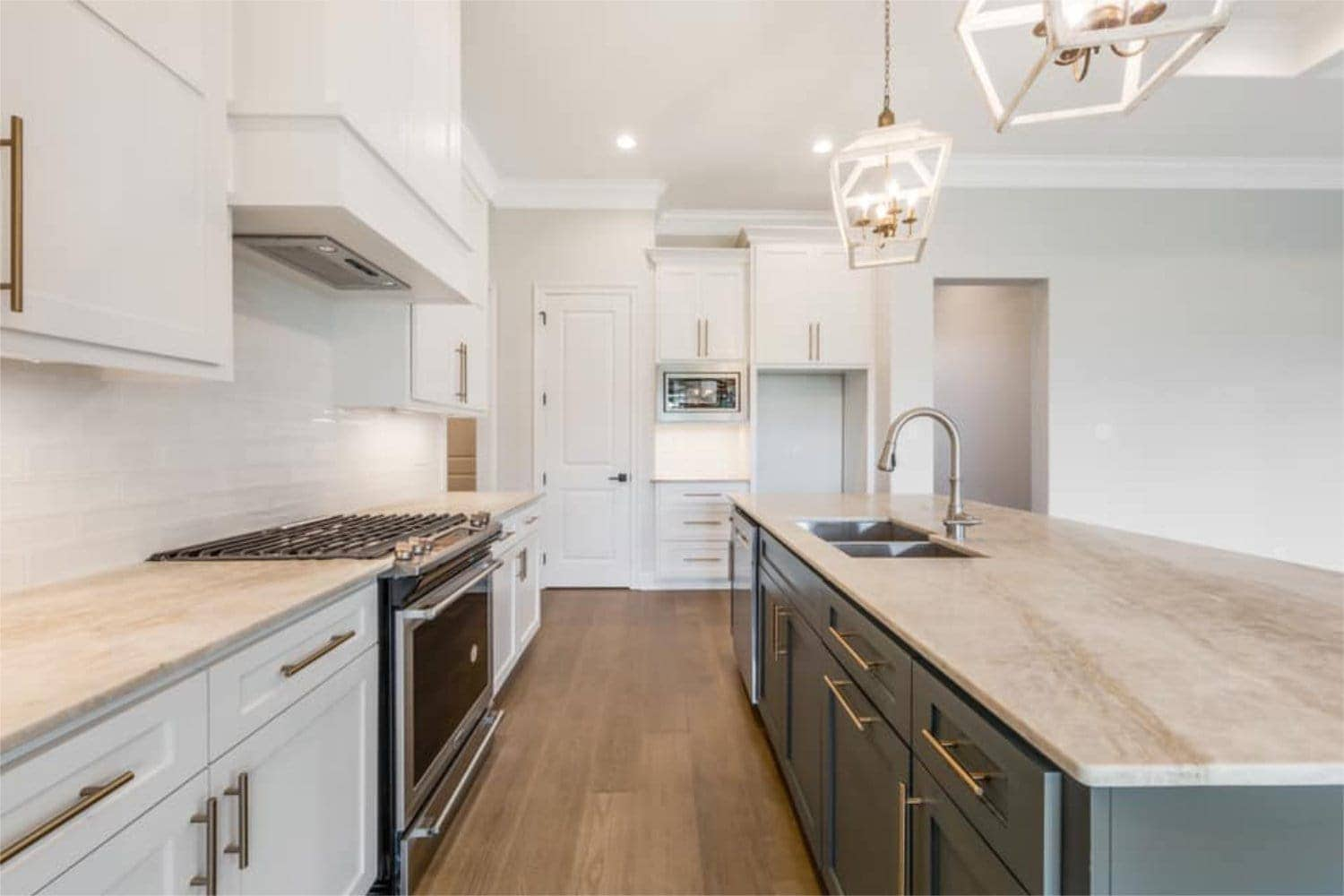 passion home cypress view kitchen 3